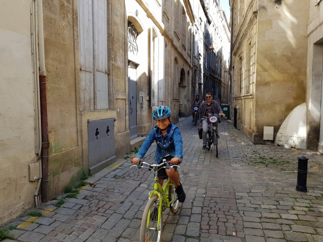 Visiter Bordeaux à vélo